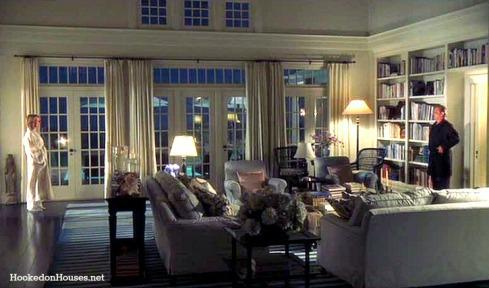 Somethings-Gotta-Give-living-room-Keaton-Nicholson