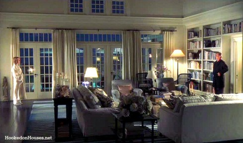 Somethings-Gotta-Give-living-room-Keaton-Nicholson